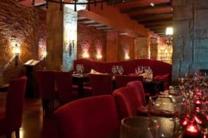 20131118201054021323_restaurantes-romanticos-barcelona-la-fianna-web