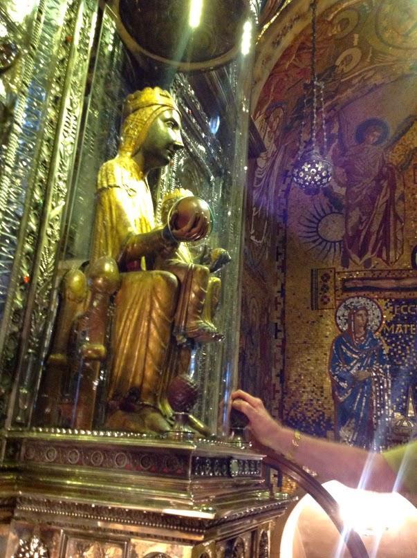 Монастырь Монтсеррат и Колония Гуэль