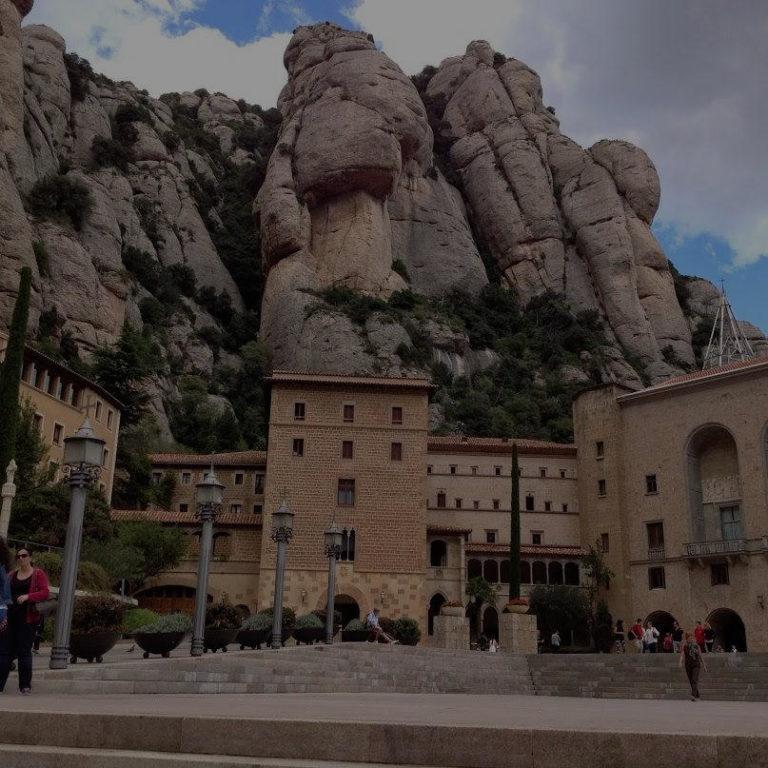 Экскурсия Монтсеррат и Вино Торрес