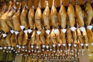 jamon_serrano_and_jamon_iberico_-_ceiling_display_in_restaurant_-_granada_-_spain